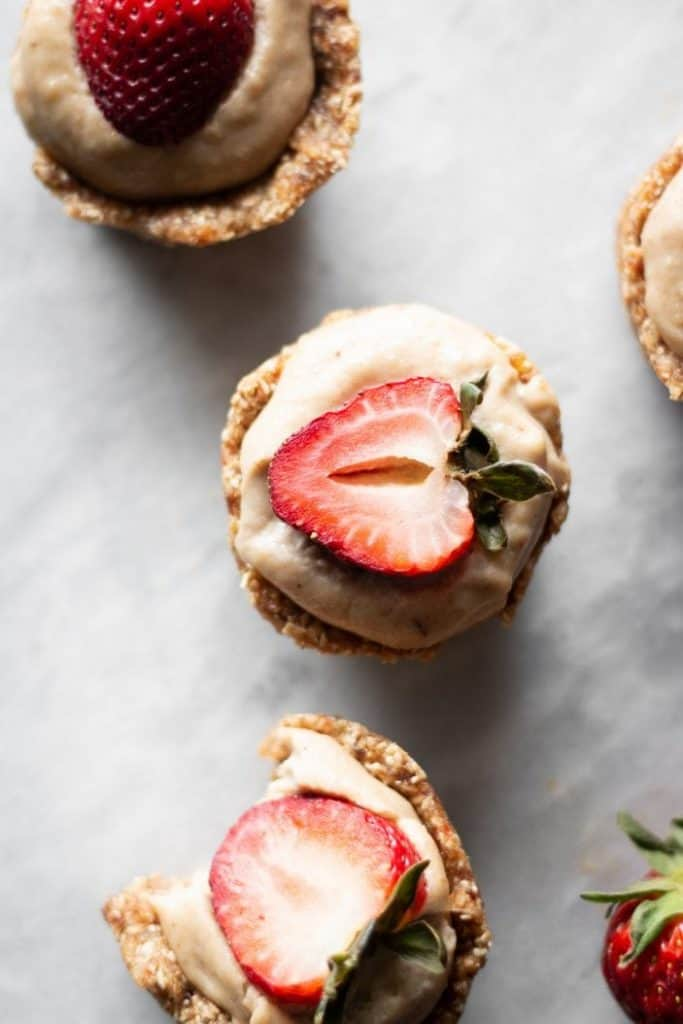berry cheesecake cups from the top