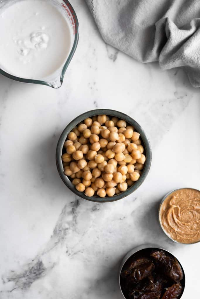 chickpeas, peanut butter, dates and coconut milk