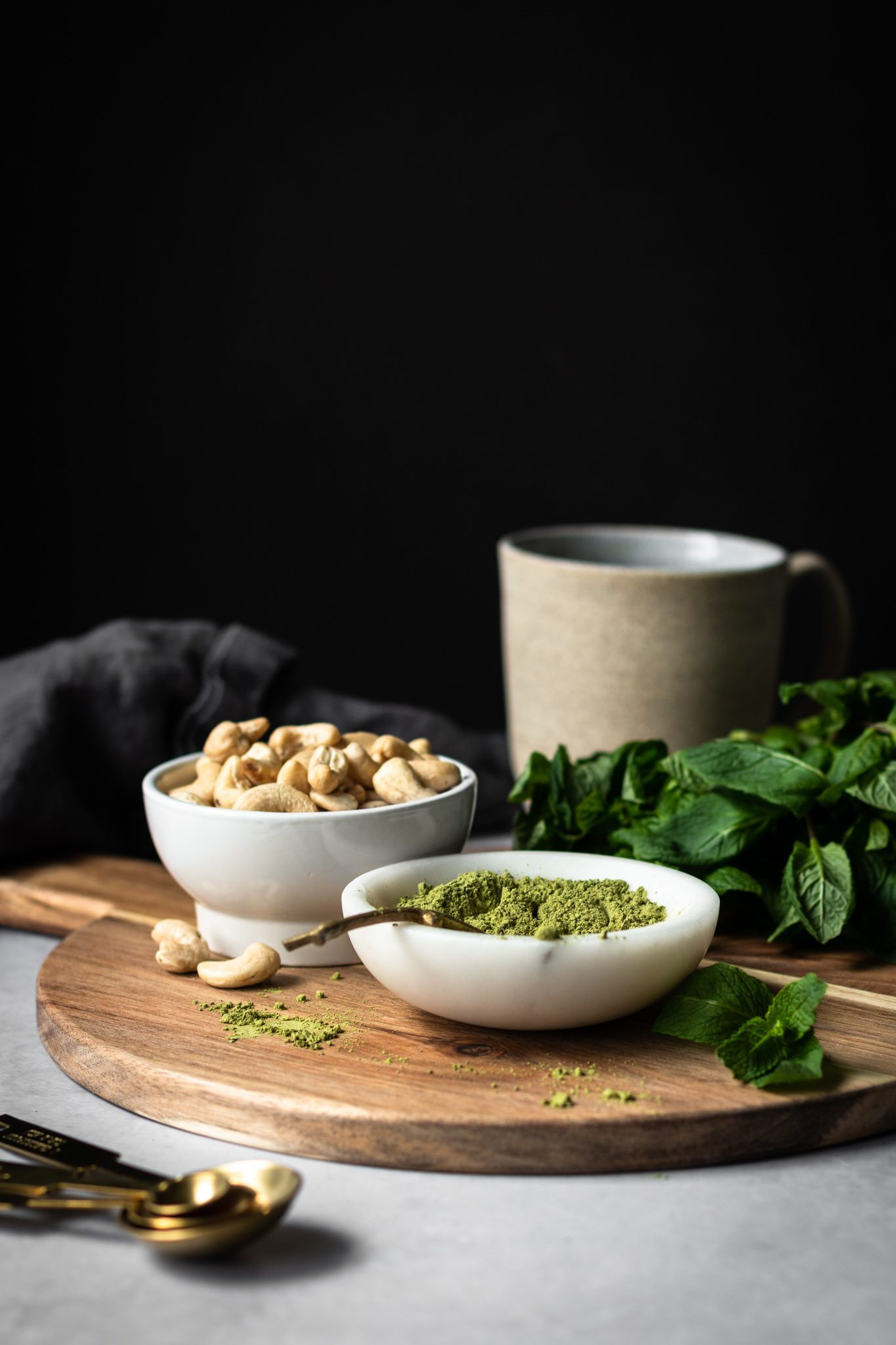 matcha, cashews and mint leaves from the side
